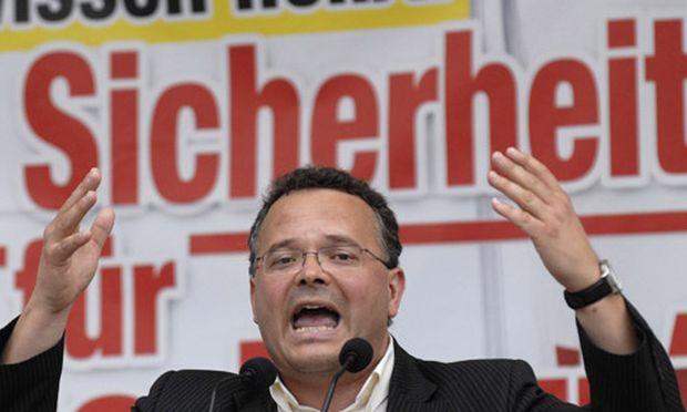 Rassimus-Exzess: FPÖ-Tirol schließt Funktionäre aus