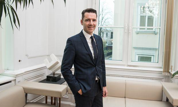 Zuständig für Kurz, Blümel, Bogner-Strauß: Dieter Kandlhofer, der Generalsekretär des Bundeskanzleramts.