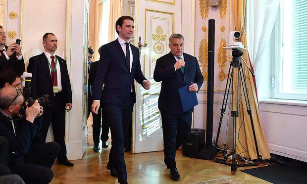 Schlussendlich gab es doch eine Pressekonferenz von Kurz und Orbán.