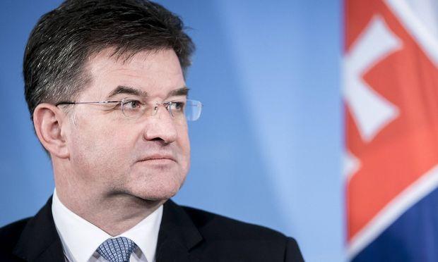 Miroslav Lajcak slowakischer Aussenminister gibt ein Pressestatement in Berlin 27 11 2018 Berlin
