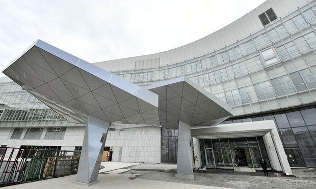 Die Eröffnung des Krankenhauses Nord hat sich schon mehrfach verzögert. / Bild: HANS KLAUS TECHT / APA / picture
