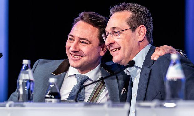 Landes-FPÖ-Chef Manfred Haimbuchner und Vizekanzler Heinz-Christian Strache