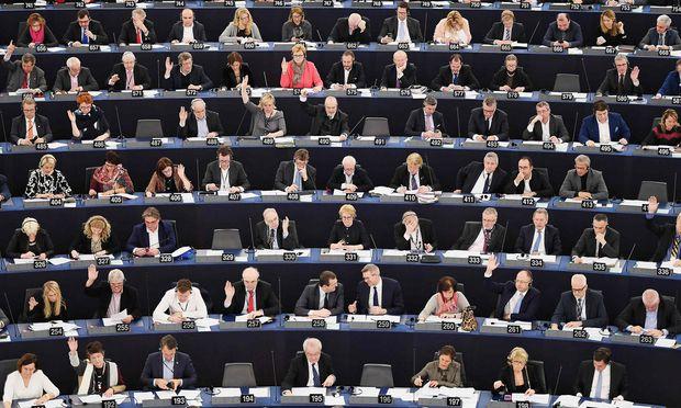 Pensionsfonds der EU-Abgeordneten droht die Pleite