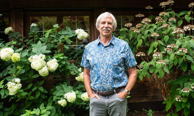 Stephen Lansing arbeitete lange am berühmten Santa Fe Institute in den USA und ging vor einigen Jahren nach Singapur.