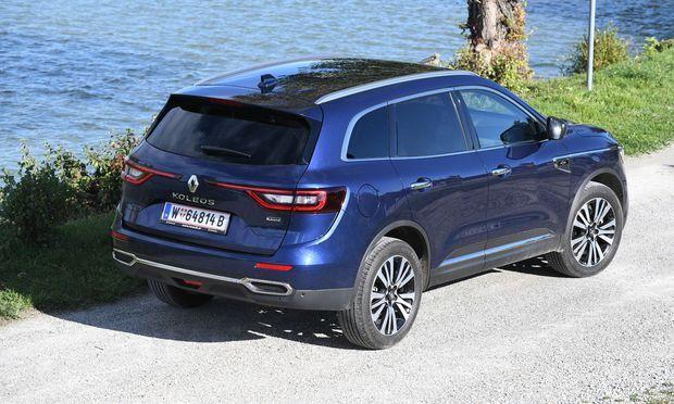 """Eine hübsche Heckansicht: der Renault Koleos in feiner """"Initiale""""-Version."""