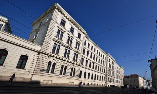 Das Bundesamt für Verfassungsschutz und Terrorismusbekämpfung (BVT)