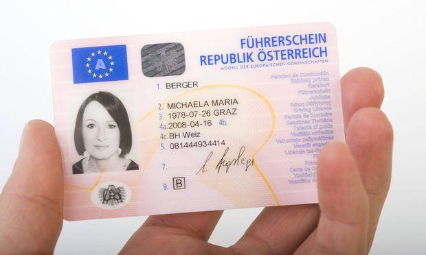 Symbolbild: Führerschein im Scheckkartenformat