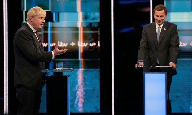 Hartes TV-Duell: Boris Johnson (links) und Außenminister Jeremy Hunt kämpfen um Premierposten.