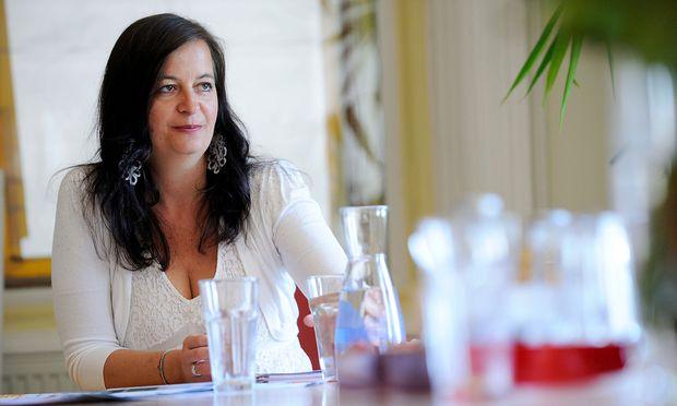 Ulli Sima ist als SPÖ-Stadträtin für die Wiener Stadtwerke verantwortlich / Bild: Die Presse/Fabry