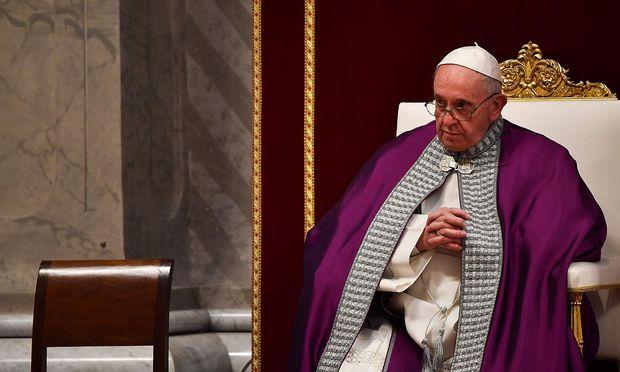 VATICAN-POPE-MASS-LENT