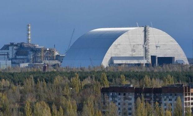 Neue Schutzhülle um Tschernobyl