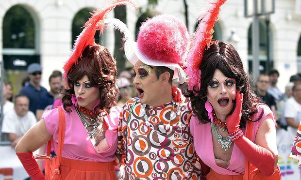 Ein Bild von der Regenbogenparade 2016
