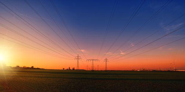 Für einen weiteren gemeinsamen Strommarkt von Deutschland und Österreich brauchte es mehr und leistungsfähigere Leitungen.  / Bild: (C) Pixabay