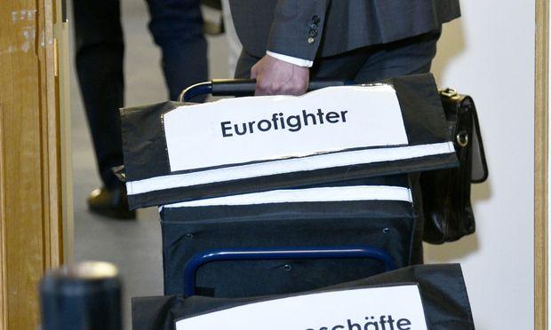 Eurofighter-Ausschuss - Seltsamer Auftritt eines Steuerberaters