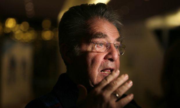Asyl Bundespraesident plaediert fuer
