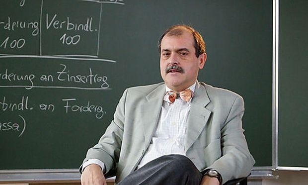WUProfessor Hoermann Suspendierung aufgehoben