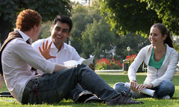 Webster University Vienna feiert