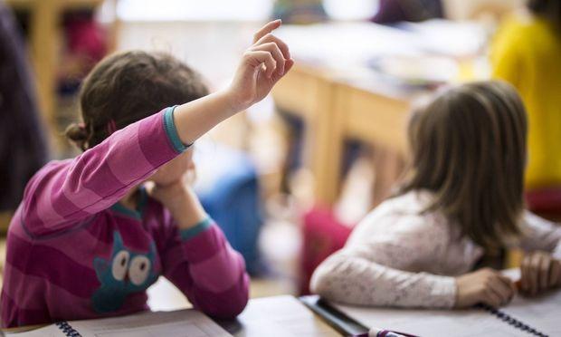 Kann man herauslesen, wie groß die Rolle eines Lehrers für Schülerleistungen wirklich ist? Schwierig, meinen Forscher.