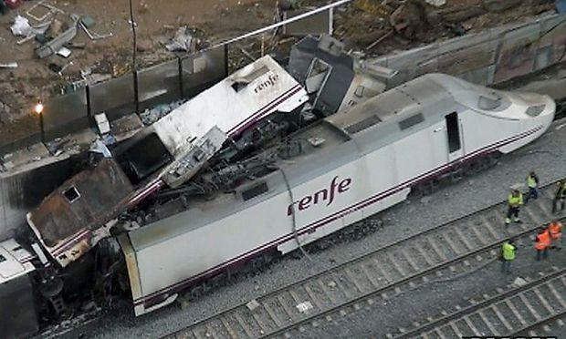 Zugsunglück in Spanien: Lokführer wird befragt