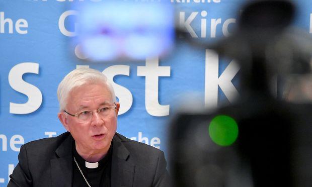 Erzbischof Franz Lackner stellte sich den Fragen der Medien