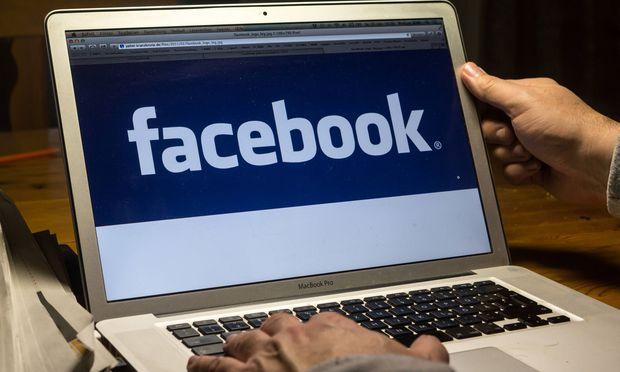 Symbolfoto Facebook
