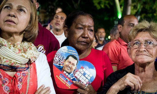 """""""Heiligenkult"""" um kranken Hugo Chávez"""