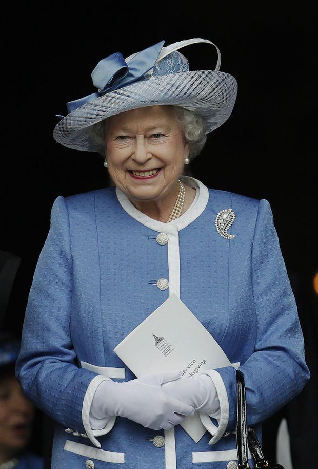 Farbenfroh Queen Elizabeth Als Modekonigin Diepresse Com