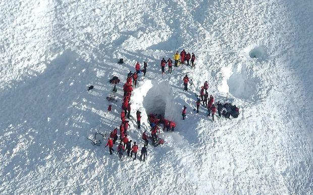 Der Lawinenabgang im Bereich des Jochgrubenkopfs in Tirol hat vergangenen Mittwoch vier Todesopfer gefordert.