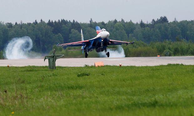 Russischer Jet kommt US-Militärflugzeug 1,50 Meter nahe