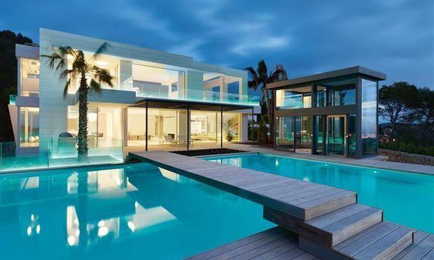 Villa Chamäleon mit Pool und Ausblick. / Bild: (c) First Mallorca