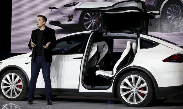 Tesla: Plötzlich leistet der Großinvestor Abbitte bei Elon Musk