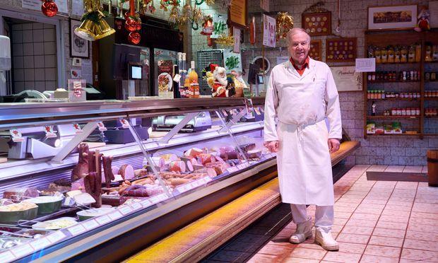 Erwin Fellner ist nicht nur Innungsmeister der Wiener Fleischer, sondern auch Obmann des Chors der Wiener Fleischer. / Bild: (c) Die Presse (Clemens Fabry)