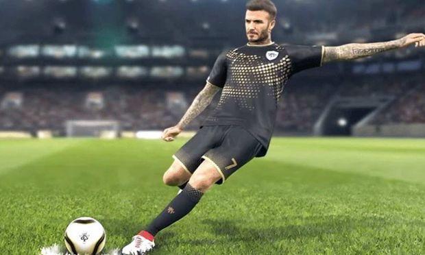 Wer online spielt, kann sich auch David Beckham holen. Muss aber nicht sein. / Bild: (c) Konami