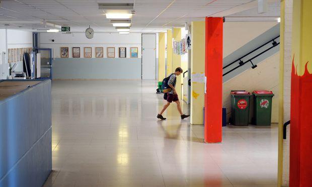 Wenn eine Schule mehr bekommt, bekommt eine andere weniger, so Bildungsdirektor Himmer. Außer es gibt zusätzliches Geld. / Bild: (c) Die Presse (Clemens Fabry)