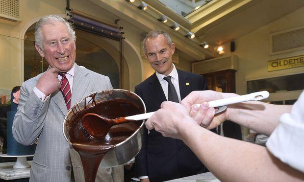Leigh Turner (britischer Botschafter in Wien) hier mit Prinz Charles.