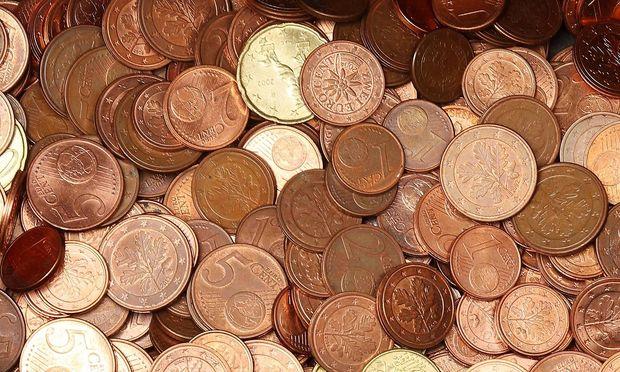 Koffer Mit 30 Kilo Cent Münzen In Salzburg Gefunden Diepressecom