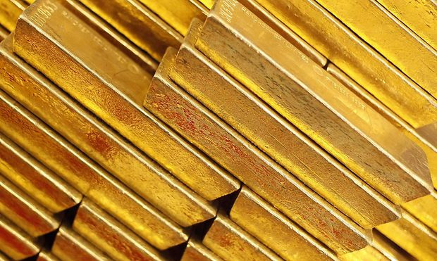 Gold bars are seen at the Czech National Bank in Prague