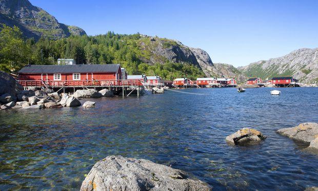 Eine Wohnoption: Rorbuer, alte Fischerhäuser.