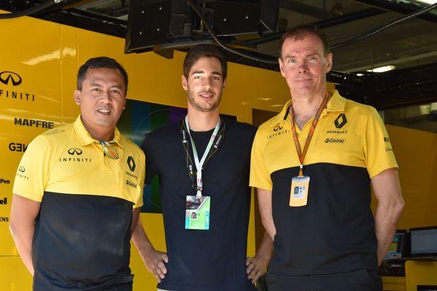 Rene Binder erhält Formel-1-Test