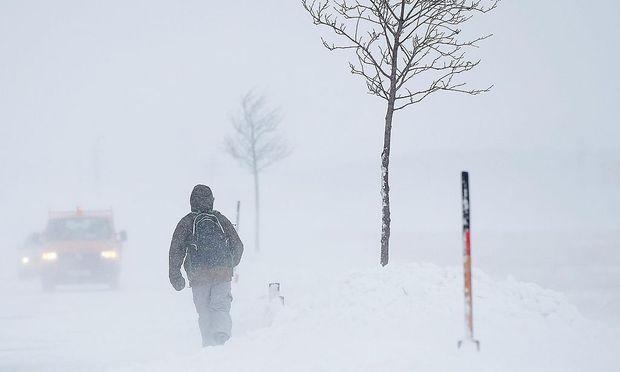 Archivbild: Burgenland bei Schneeverwehungen