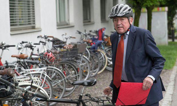 BEGINN PROZESS IM SALZBURGER FINANZSKANDAL ´SWAP-DEAL ZWISCHEN STADT UND LAND´: SCHADEN