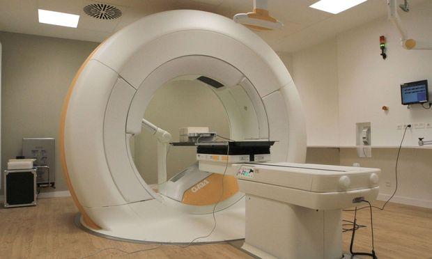 Krebspatienten müssen oft lange auf ihre Behandlung warten.