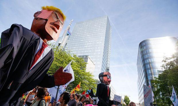 Juncker bestätigt Trumps Deutschland-Kritik
