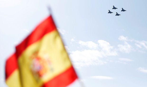 Die Typhoons in Rautenformation über Madrid