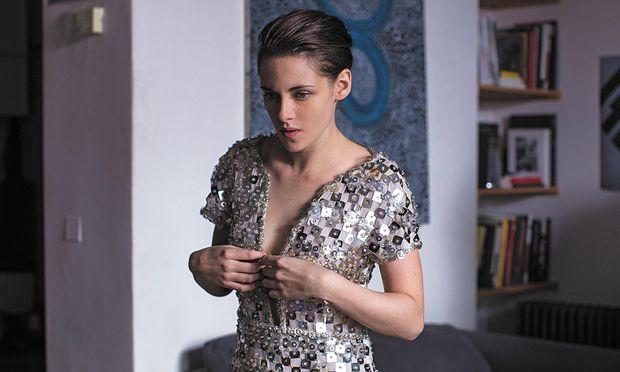 Kristen Stewart in ''Personal Shopper''