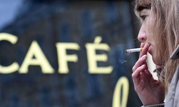 Symbolbild Rauchen