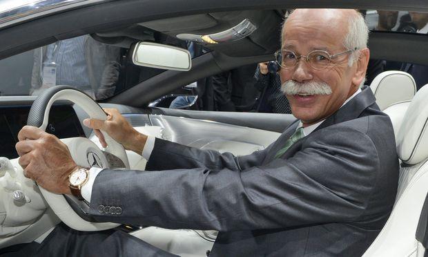 Daimler-Chef Zetsche beteiligt die Aktionäre mit 3,48 Mrd. Euro am Gewinn.