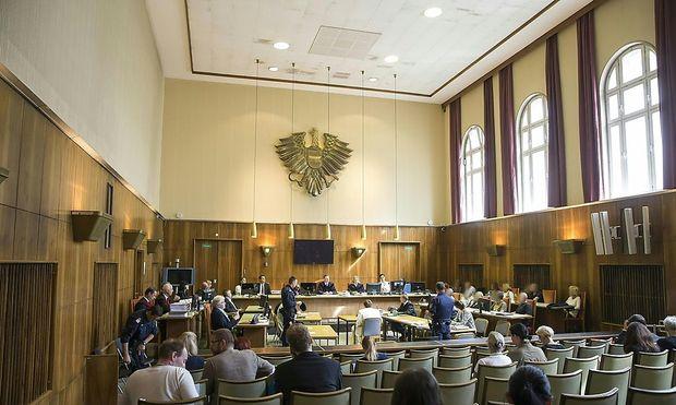 Der Verhandlungssaal am Dienstag, dem ersten Prozesstag