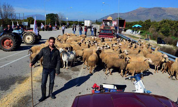 Bauern drohen Griechenland lahmzulegen