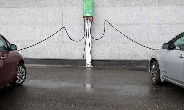 Die Batterien des Nissan Leaf werden das Auto um elf Jahre überleben, rechnet eine Studie des Autoherstellers Nissan vor.